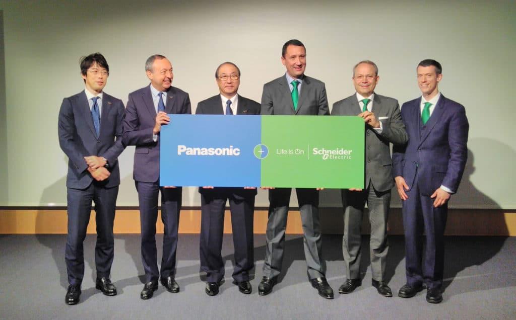 Partnerschaft zwischen Panasonic und SchneiderElectric